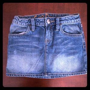 Gently used girls Gap denim skirt size 8